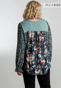 Animal and Floral Print Back Curvy Top
