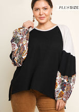 Load image into Gallery viewer, Waffle Knit Curvy Top with Medallion Print