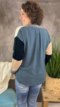 Load image into Gallery viewer, Colorblock Sweater with Long Fabric Back