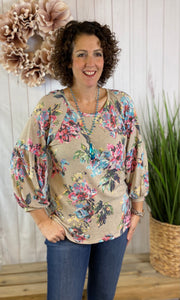 Relaxed Floral Top with 3/4 Puff Sleeve