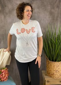 LOVE BALLOONS Graphic Tee