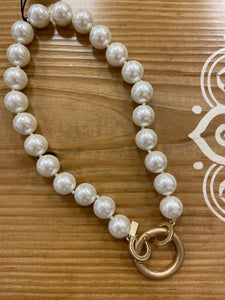 Chunky Pearl Necklace with Ring Clasp