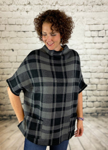 Plaid Knit Short Sleeve Poncho