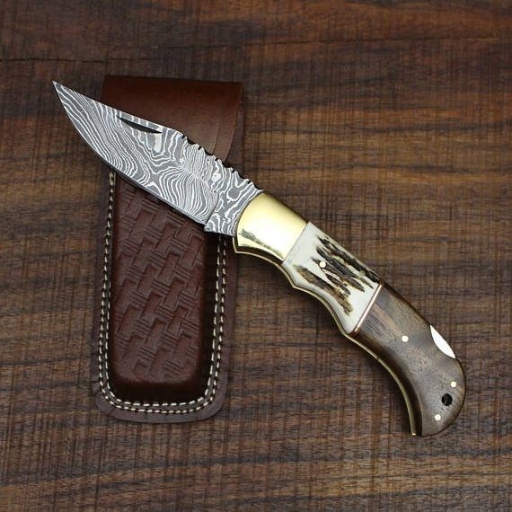 Damascus steel handmade pocket folding knife
