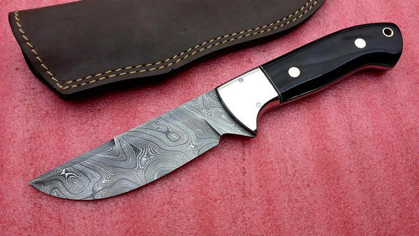 Handmade Twist Damascus Steel Skinning Knife