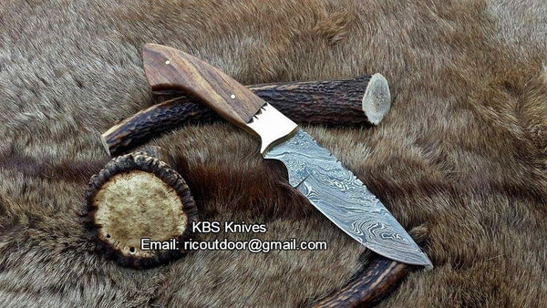Damascus Hand Made Hunting Knife