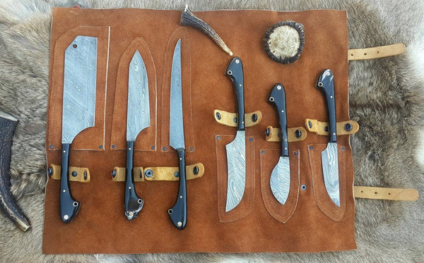 Custom Handmade Twist Damascus Steel Outdoor Hunting/Kitchen Knives Set