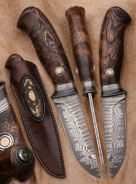 Beautiful Custom Handmade Damascus Hunting Knife