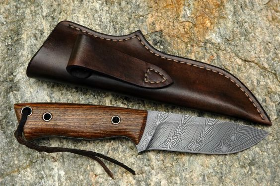 EDC Damascus Hunting Skinning Knife