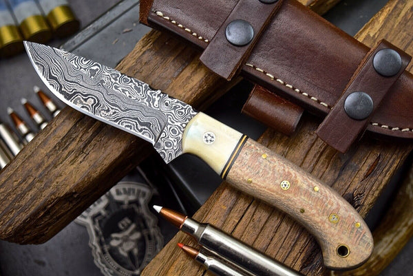 Damascus Steel Hunting Skinning Camping Knife