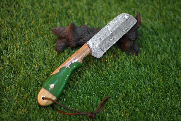 Damascus Steel Bull Cutter Knife