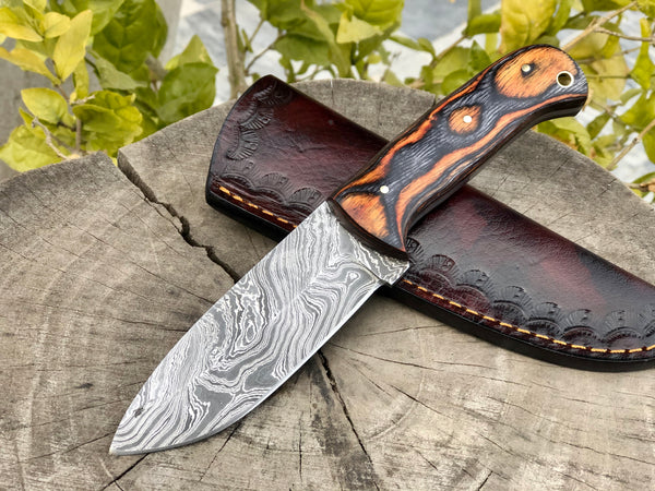 Damascus Steel Bushcraft Knife