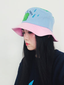 Let it rain bucket hat
