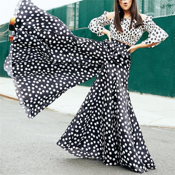 Fashion Black And White Wave Point Two Piece Set
