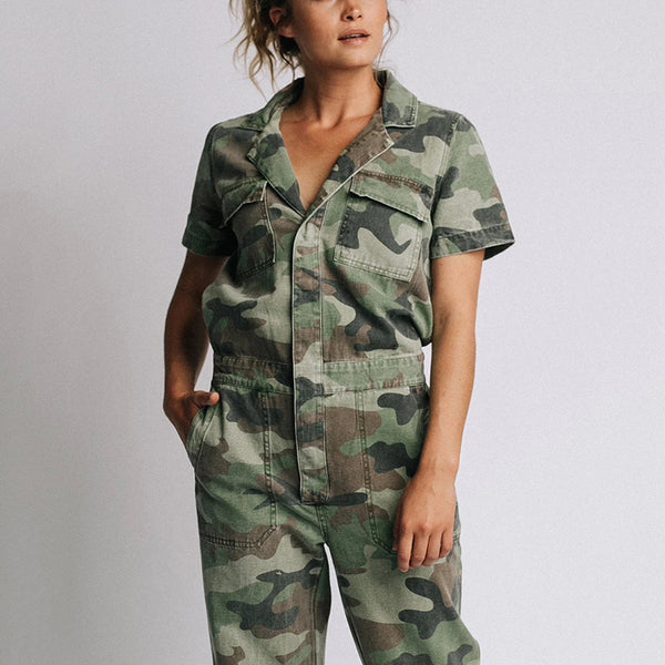 Women's Fashion Tailored Collar Camouflage Pattern Patch Pocket Jumpsuit