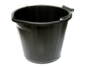 14 Litre / 3 Gallon Bucket • Mixing • MessySupplies