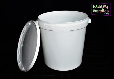 25/30 Litre Container with Lid • Mixing • MessySupplies