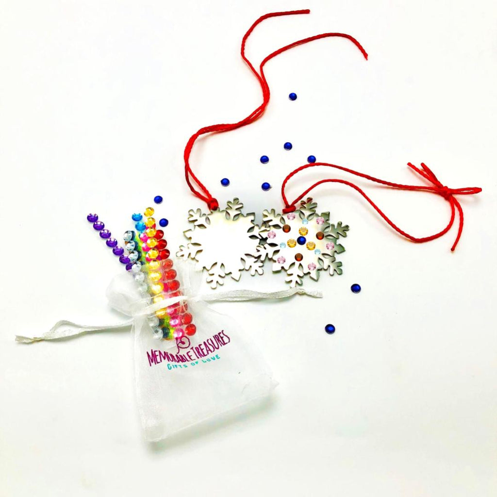 Housewares Decorate Your Own Sparkling Snowflake Ornament Kit - Memorable Treasures