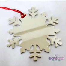 Load image into Gallery viewer, Housewares Decorate Your Own Sparkling Snowflake Ornament Kit - Memorable Treasures