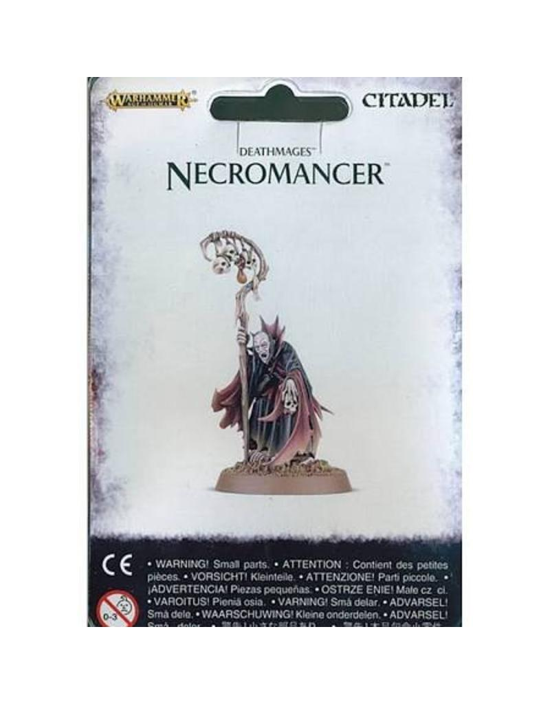 Games Workshop Necromancer