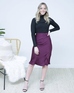 black silk skirt, black holiday skirt, holiday looks, winter looks, holiday style, the local boutique, online boutique, womens boutique, best fort wayne boutique, best online boutique, cute online boutique, trendy online boutique, fall fashion, boutique clothing, boutique clothing stores, boutique near me, clothing stores in Fort Wayne, Fort Wayne boutiques, Fort Wayne clothing stores