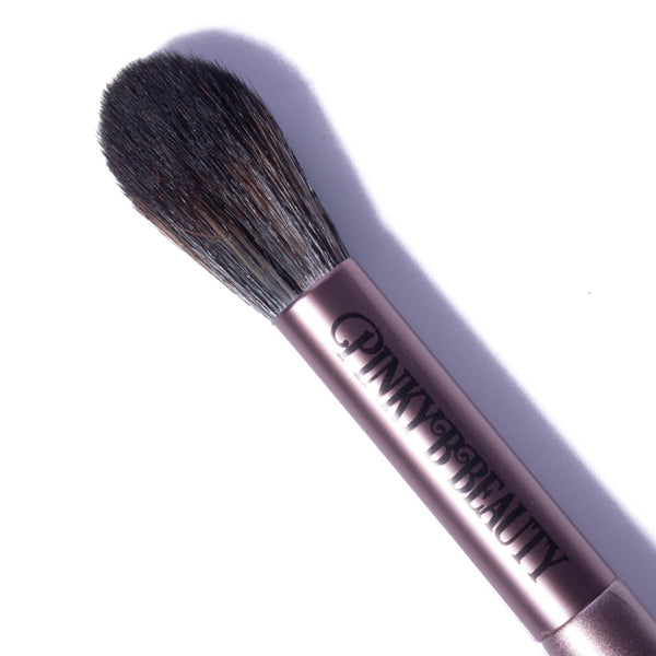 PB-05 - Tapered Highlighter Brush - Pinky B Beauty