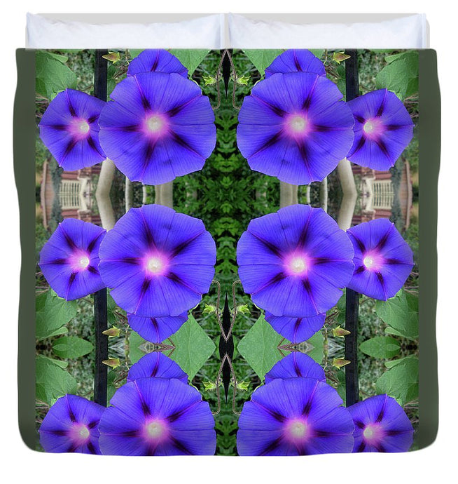 Morning Glories Welcome - Duvet Cover