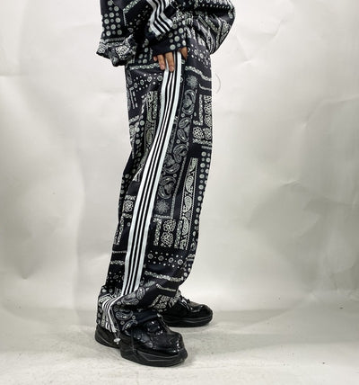 Paisley print side stripe embroidery sports suit bandanna graphic printed set in 3 colors