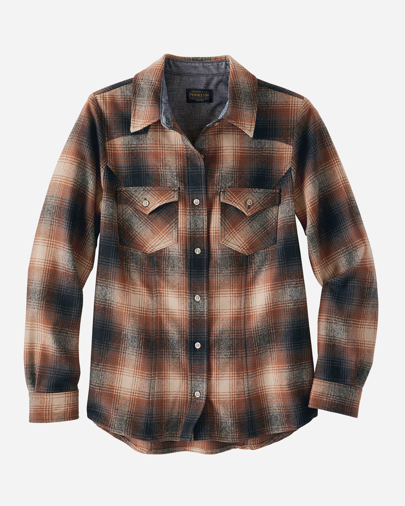 This Pendleton's women's wool shirt is a shaped fit with front and back yokes, shirttail hem. Long sleeve plaid shirt.