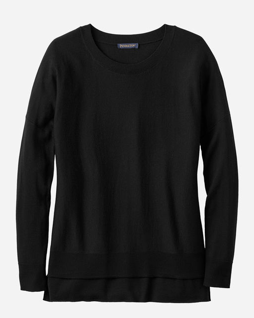 An oversized, Pendleton long-sleeve women's sweater with forward-facing side seams for a slimming effect. In soft, refined pure merino with dropped shoulders, ribbed trim and high-low hem.