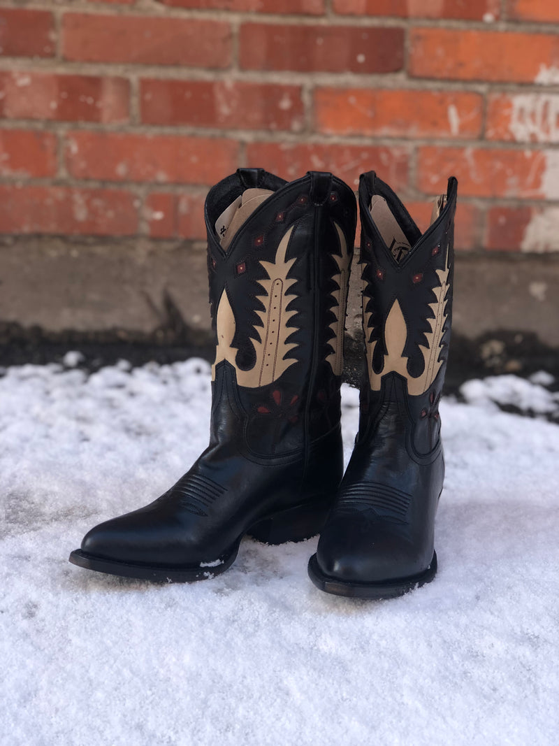 Cowgirl Boots Liberty Black Sherry Boots Western Boutique Fashion Style Bozeman Montana Head West