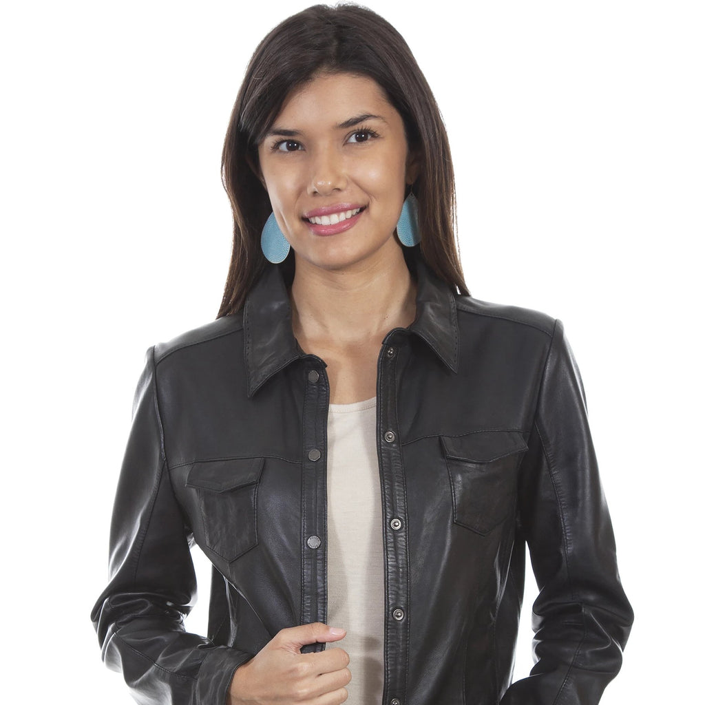 A women's lamb leather jacket in black. Made by Scully.