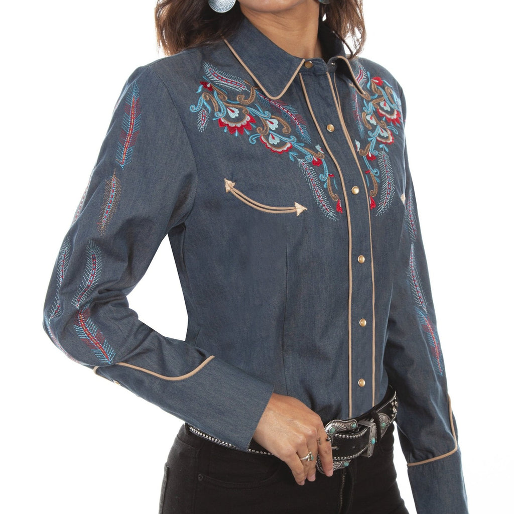 This embroidered western shirt is gorgeous with its feather and floral embroidery. Made by Scully.
