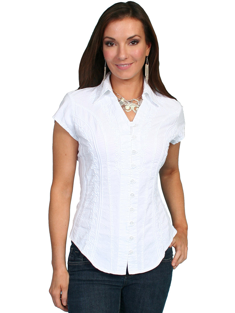 This beautiful capsleeve blouse is made by Scully and features 100% peruvian cotton. The top is designed with a button front with loop closures, point collar and floral vine soutache design on front and back.