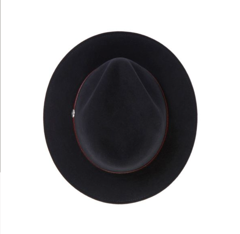 The Stetson Cromwell western hat is part of the classic Stetson Crushable Collection and is made of wool and felt with a tooled leather hat band and a center dent crown.
