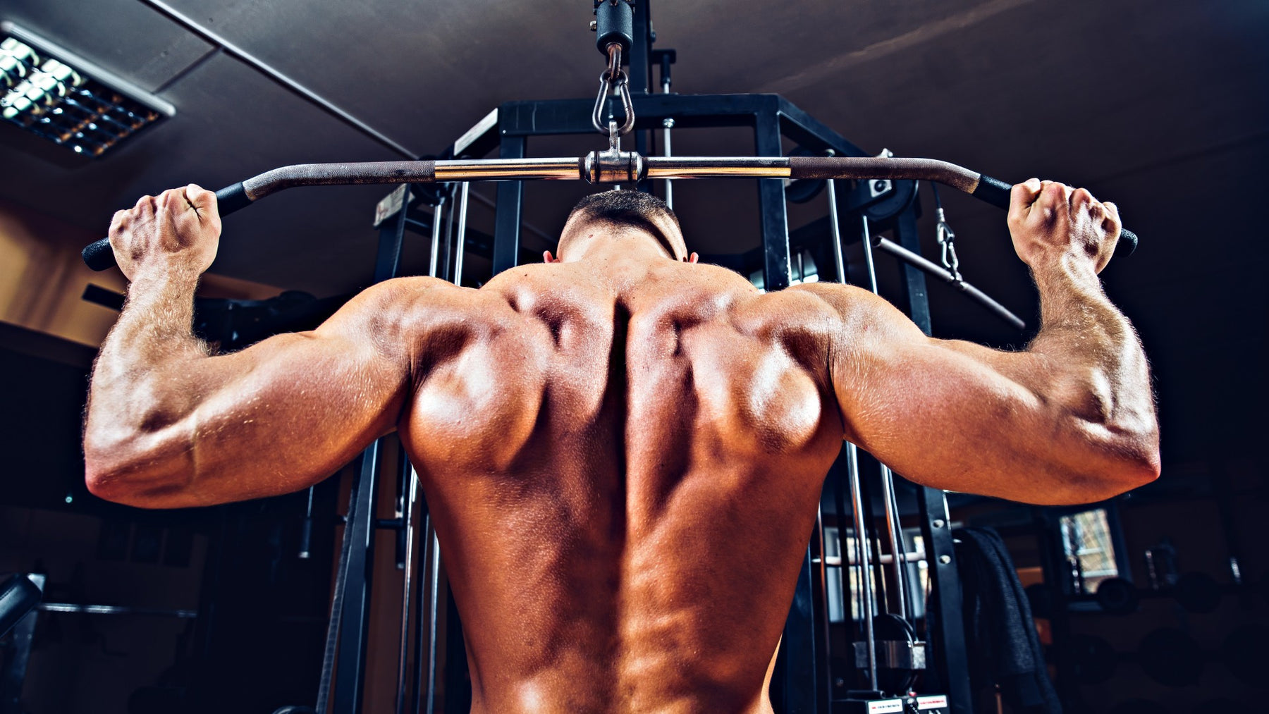 How to Perform the Lat Pulldown Behind the Neck