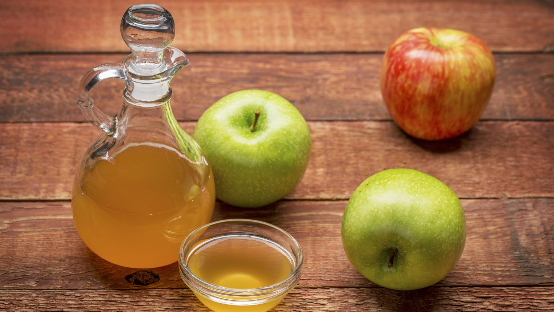Apple Cider Vinegar - Complete Guide to Benefits and Research