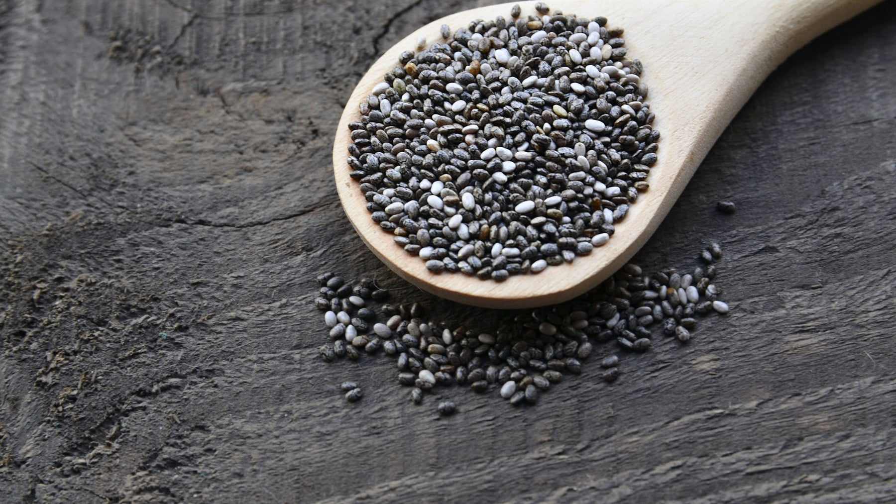 Guide To Chia Seeds: Benefits, Nutrition & Weight Loss