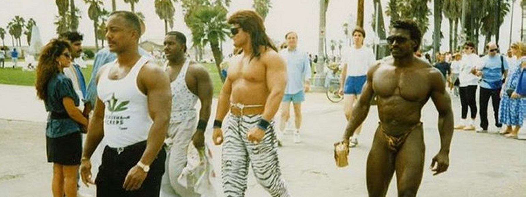 99 Funny & Frightening Bodybuilding Fashion Pics From the 1980s