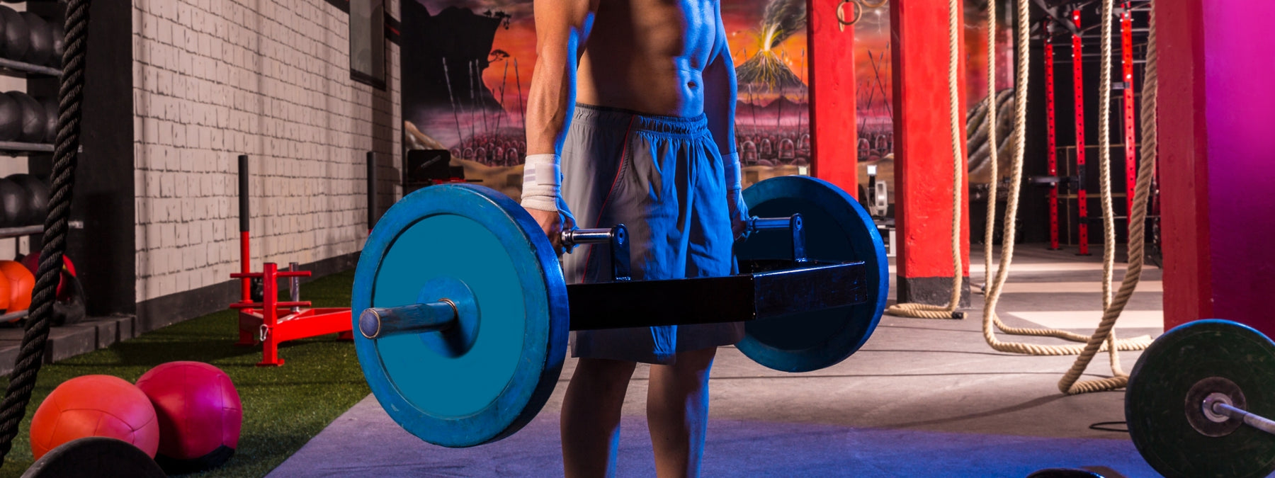 The Hex Bar Deadlift – Why YOU Should Do It!