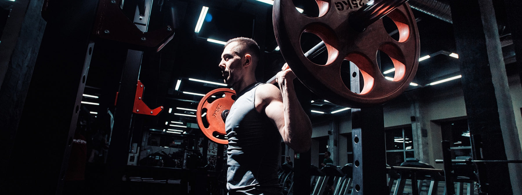 4 Reasons Why You Shouldn't Barbell Back Squat