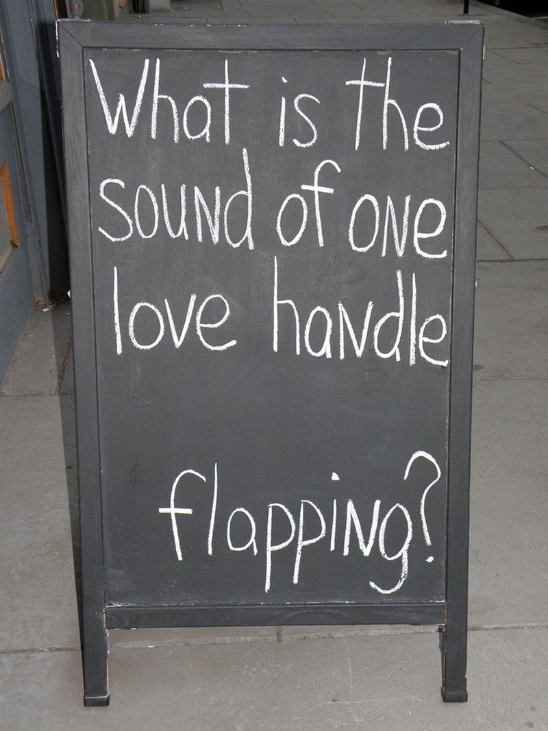 Sound of love handles flapping
