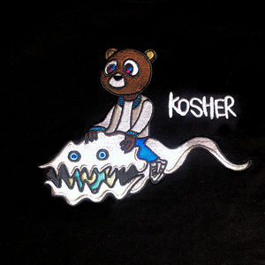 EMBROIDERED KIDS SEE GHOSTS X DROPOUT BEAR T SHIRT (BLACK)