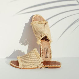 Raffia Fringe Slide (Natural)