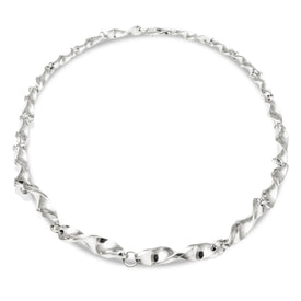 Classic with a Twist Silver Link Necklace