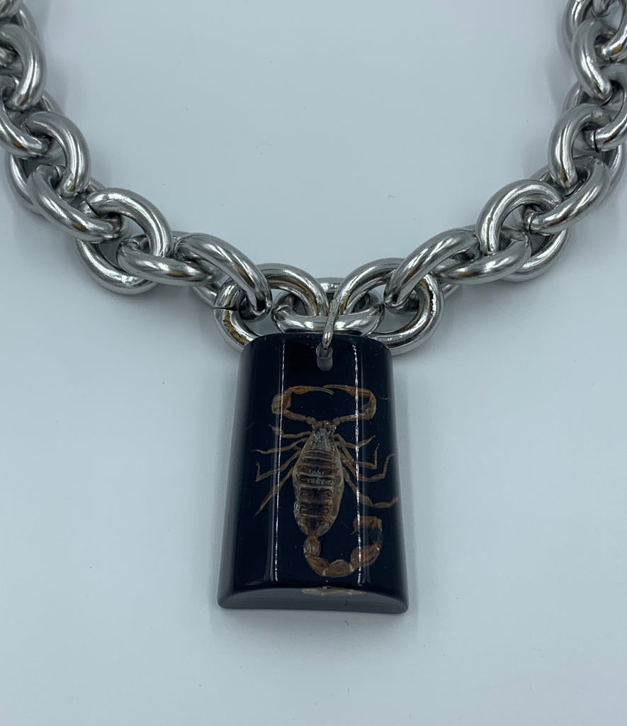 Scorpio Chunky Coffin Chain