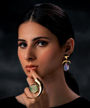 Load image into Gallery viewer, Vela Earrings