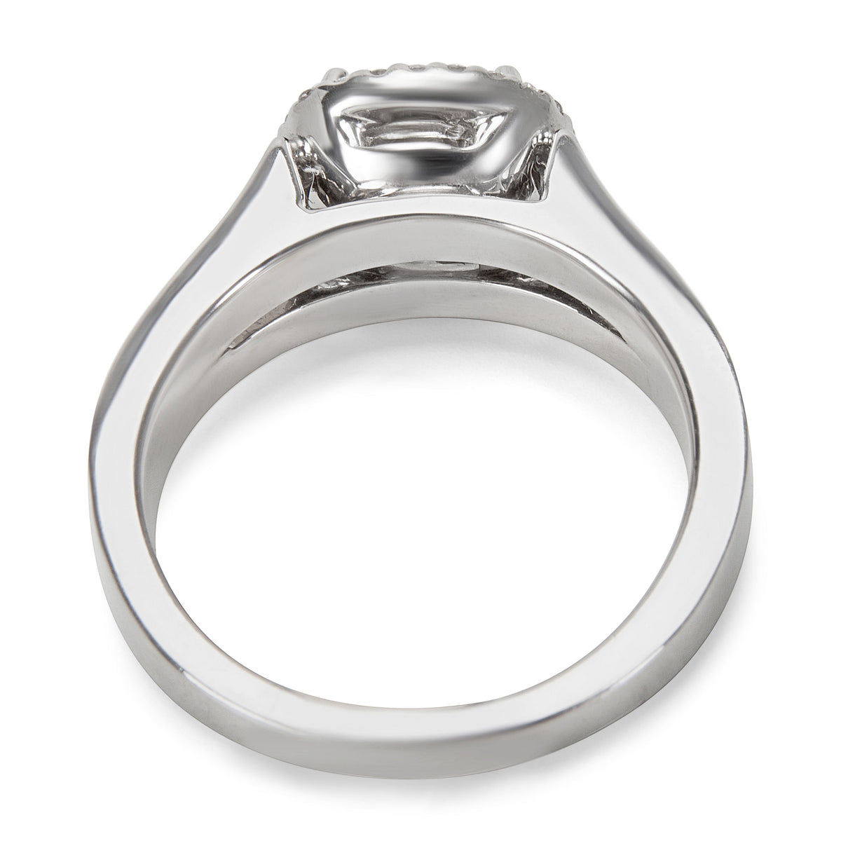BRAND NEW Dehago Diamond Halo Engagement Setting in Platinum (0.40 CTW)