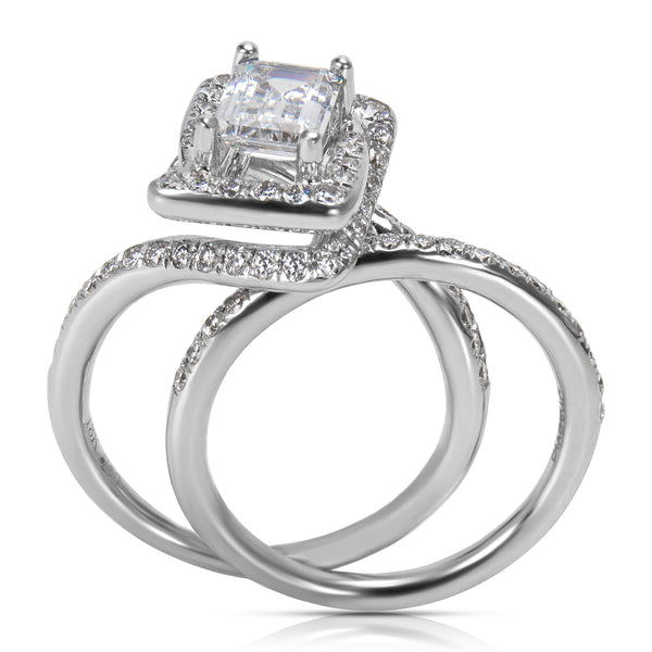 BRAND NEW Diamond Engagement Ring Setting in 18KT White Gold (0.74 CTW)