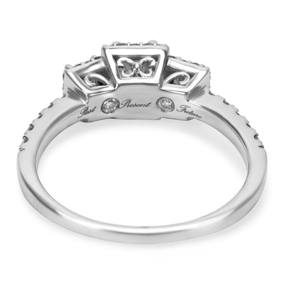 Princess Cut Engagement Ring in 14K White Gold with Diamonds (0.90 CTW)